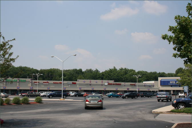 Liberty Court Shopping Center